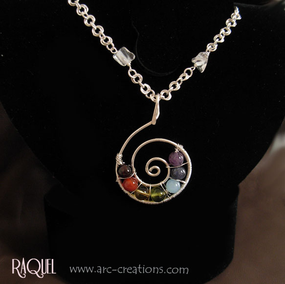 images/7 balancing chakras pendant necklace.jpg