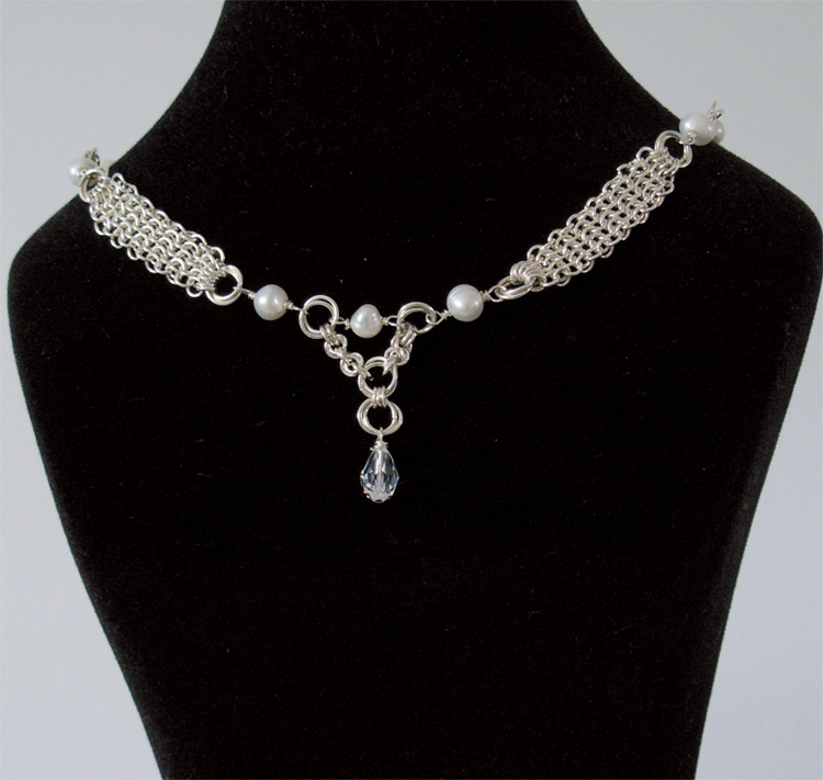 images/bridal chainmaille mesh necklace 1.jpg