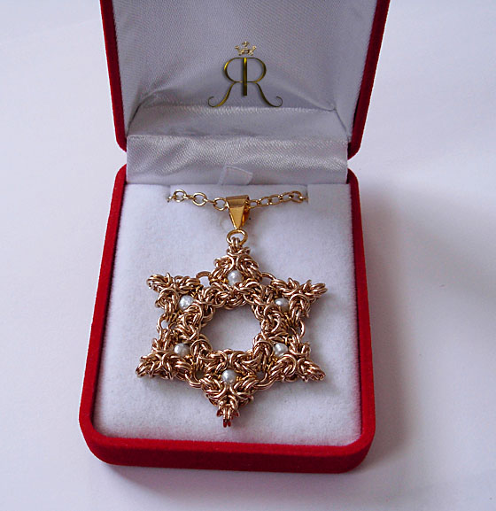 golden star of david w pearls