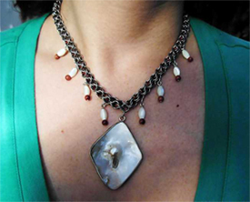 shell pearl pendant inverted round chainmail